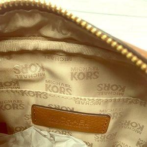 b1c8bac5bd Michael Kors Bags - MICHAEL KORS CAMEL LEATHER FLIGHT MESSENGER BAG